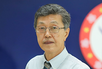Thầy Taki Toshihide - Giám đốc chương trình Quốc tế Nhật Bản